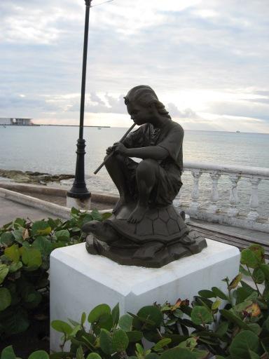 statue cozumel